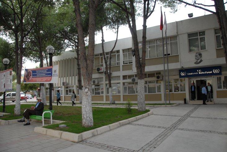 Gaziemir Belediye Hizmet Binas�