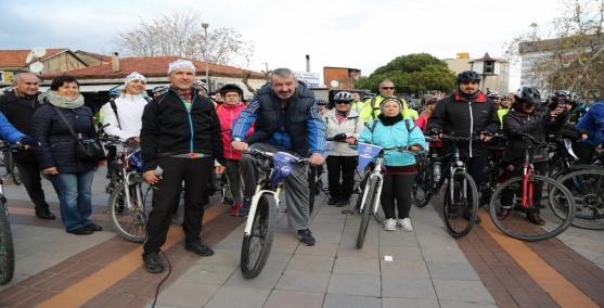 Gaziemirliler yeni yıl için pedalladı