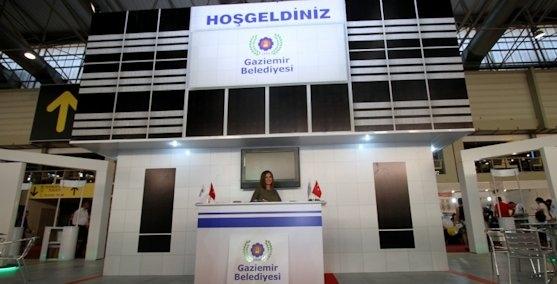 Gaziemir Belediyesinden sürpriz stant